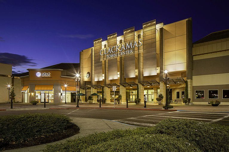 Information & Events Clackamas Town Center is in Oregon, city Happy Valley. Mall is situated on adress SE 82nd Avenue, Happy Valley, Oregon Click on store from list below to view details.5/5(1).